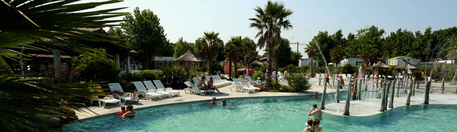 Camping biarritz bidart 4 toiles pays basque for Piscine pays basque